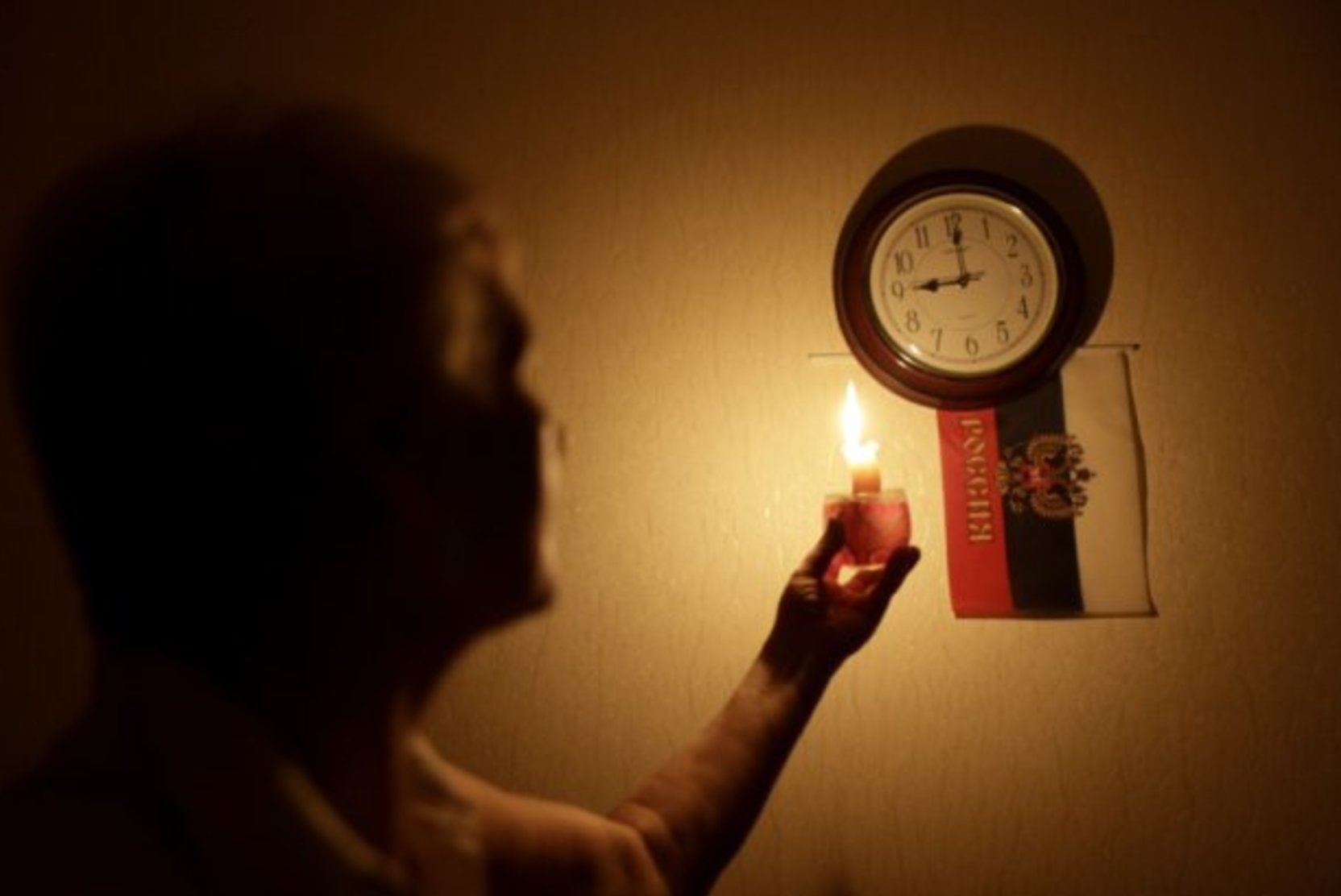 Более 80 тысяч жителей Нижегородской и Костромской областей остались без электричества