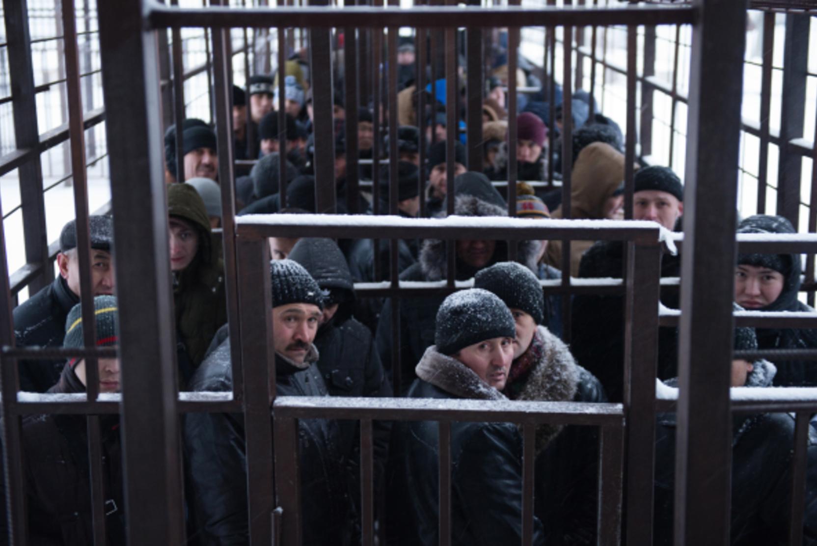 Около 167 тысяч мигрантов прописали в одном из московских домов