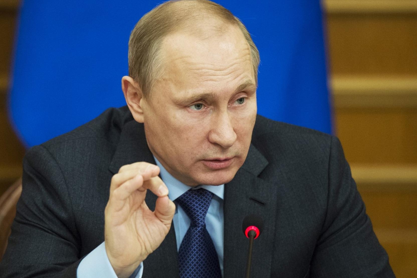 Госдума дает новые полномочия Путину
