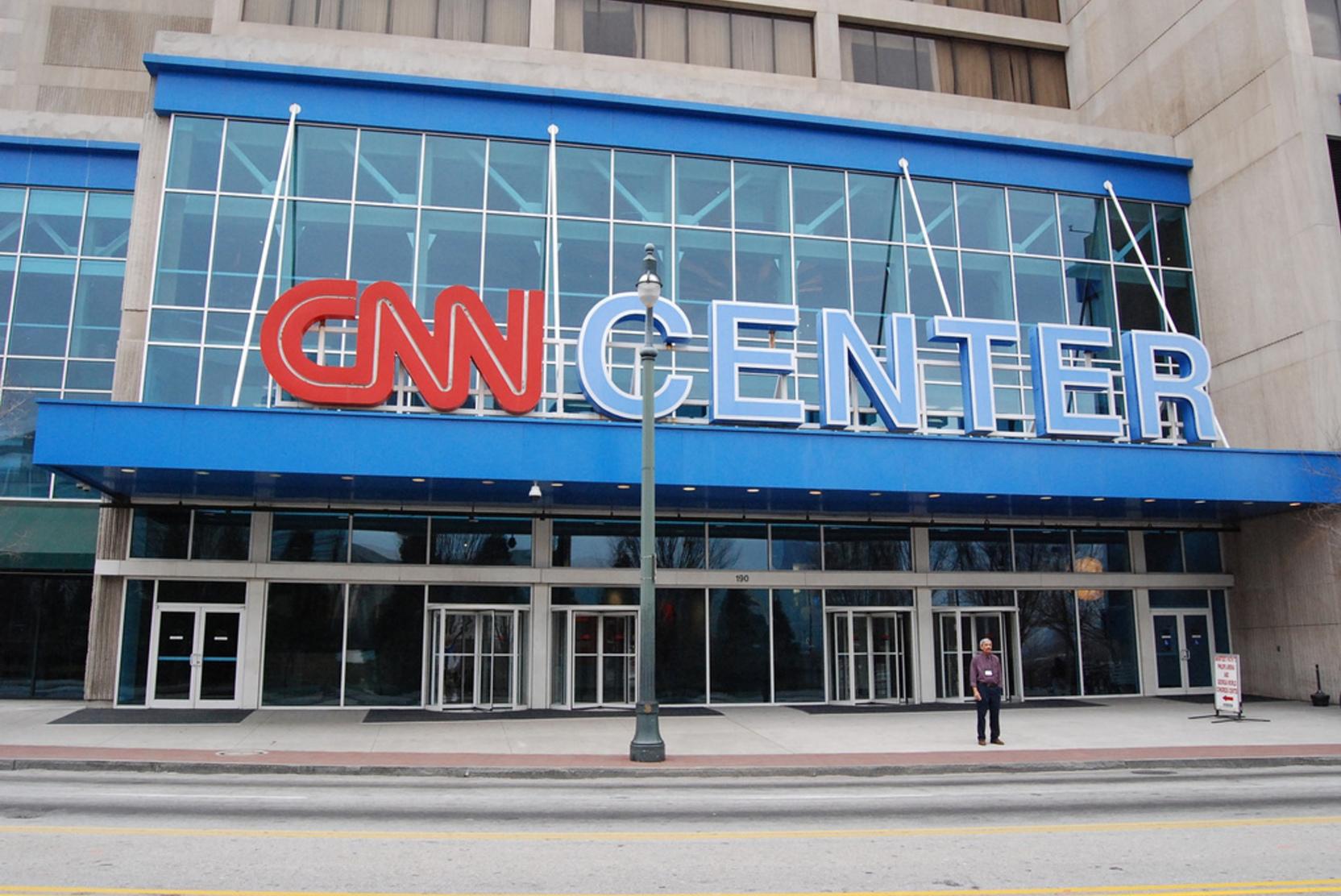 СМИ: Владелец CNN и Warner Bros объединится с Discovery