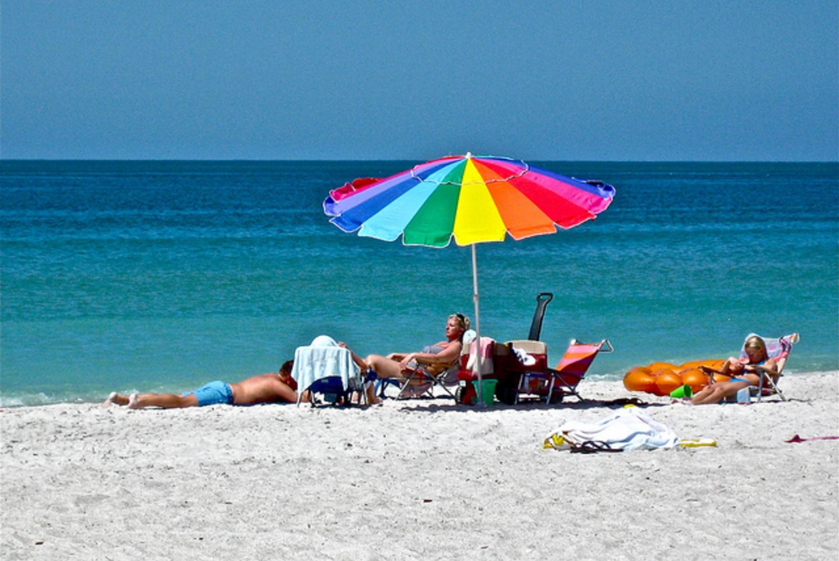 Стало известно, почему нельзя долго находиться на пляже