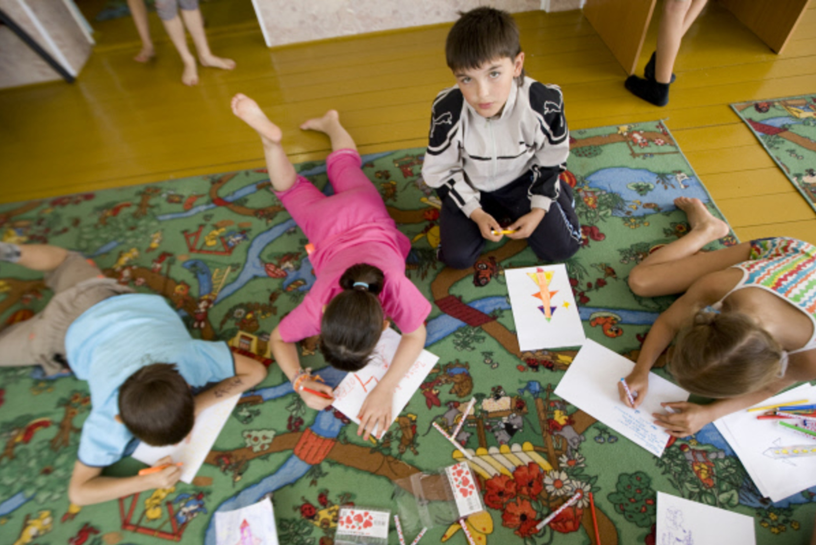 Правительство выделит 55 млрд рублей на поддержку семей с детьми до 7 лет