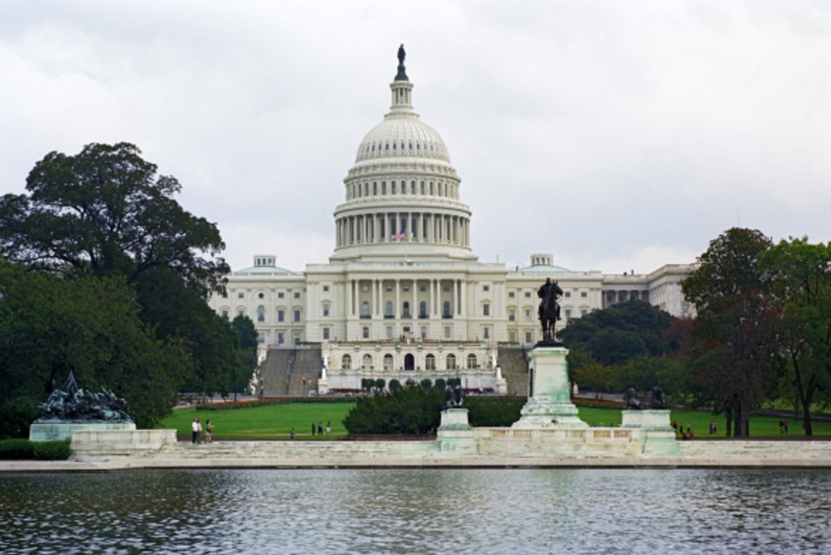 Конгресс США запретил Байдену отказываться от санкций против Северного потока-2