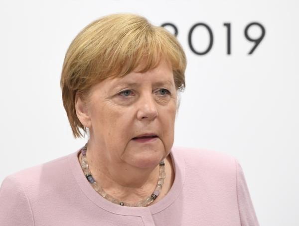 Bloomberg: решение Меркель по Северному потоку-2 - унижение для Байдена