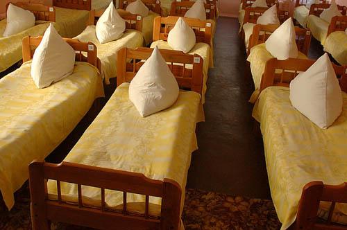 В Буйнакске ограничили работу детсадов и школ из-за массового отравления