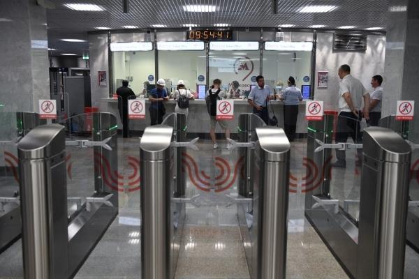 Движение на оранжевой ветке московского метро восстановлено