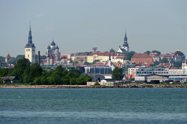 Эстония может закрыть границу с Россией из-за COVID-19