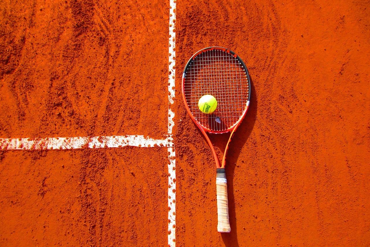 Первым финалистом Roland Garros стал Стефанос Циципас