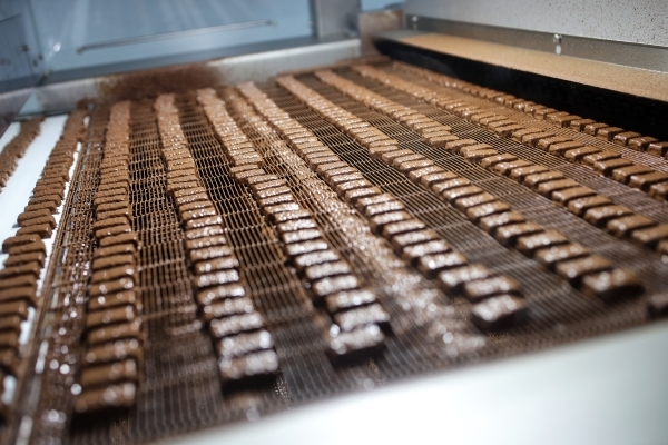 Российские кондитеры недосчитались $9 млн из-за спора с Белоруссией о сиропе в сладостях