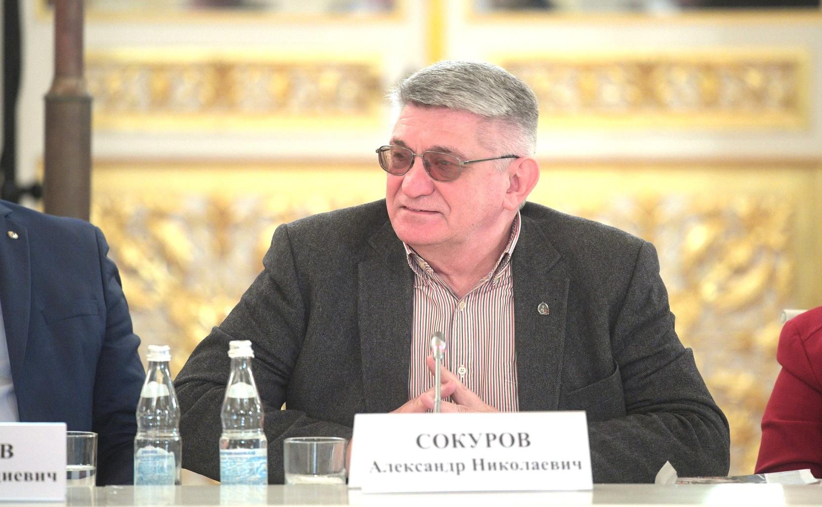 Народный артист России предложил отменить прокатные удостоверения для фильмов
