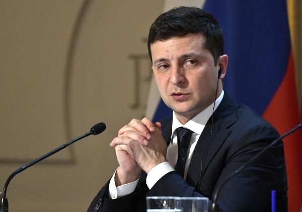 «Это мужчина?»: В Раде сравнили Зеленского с другими президентами Украины
