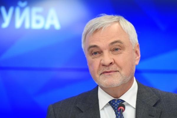 Глава Коми, назвавший себя Путиным, заболел COVID-19