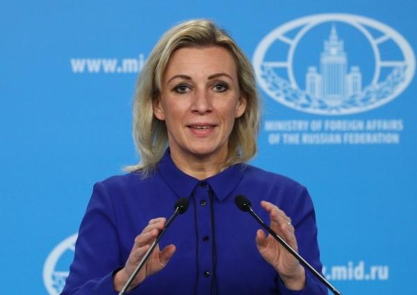 Захарова прокомментировала инцидент с Ryanair в Берлине