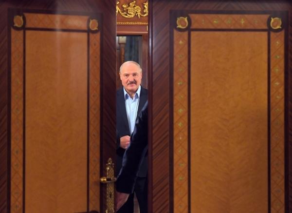 Если вдруг. Недомолвки формируют политическую судьбу Лукашенко
