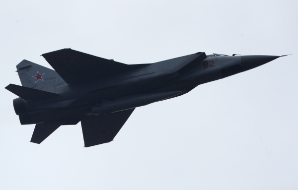 Участвующая в параде Победы авиационная техника пролетит над Москвой