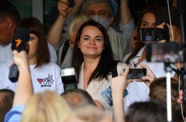 Тихановская запустила голосование за переговоры с Лукашенко при международном посреднике