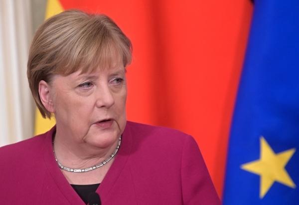 Меркель: ЕС ответит в случае нарушения Россией транзита газа