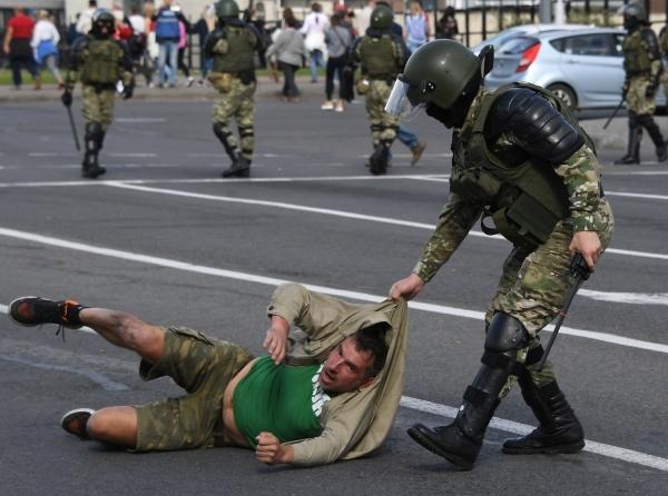 МИД Белоруссии обвинил российских олигархов в поддержке протестных акций