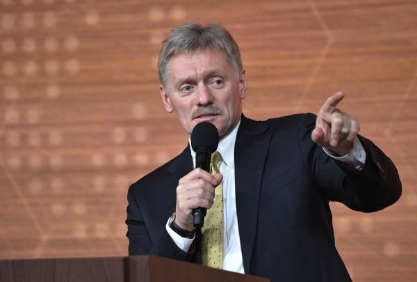Песков: Кремль не получал запросов от Киева на разговор Путина с Зеленским