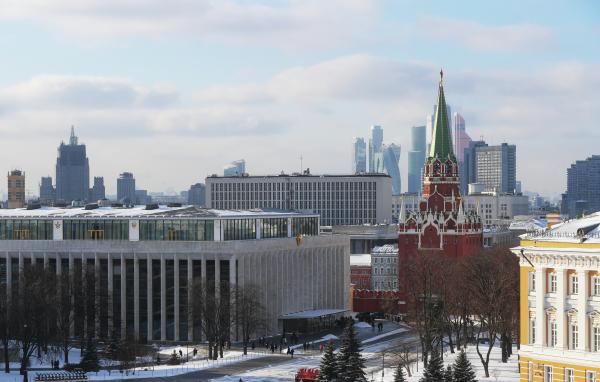 Выдумали Коломойского. Дорогой особняк в центре Москвы хотят отобрать у владельца