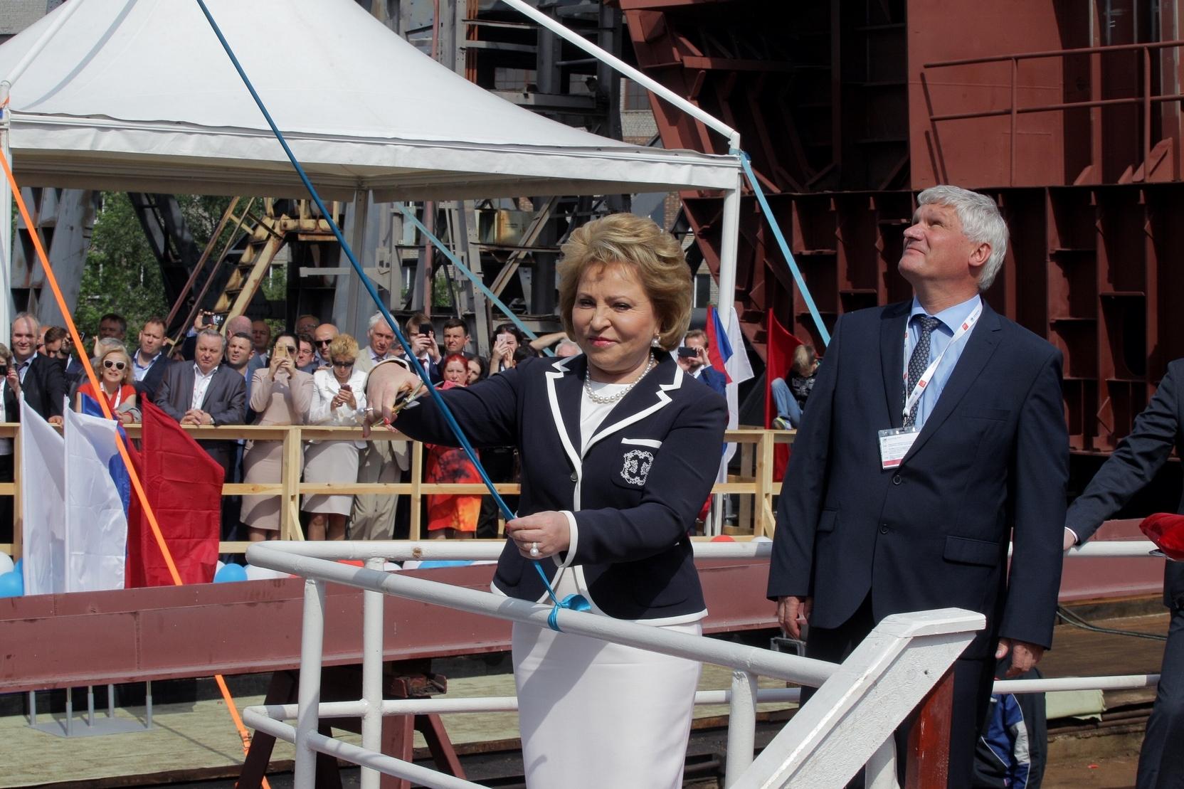 Матвиенко заявила о возможности РФ раньше всех вступить в постковидное время