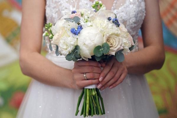 Хочется праздника! Назван самый выгодный для свадьбы месяц