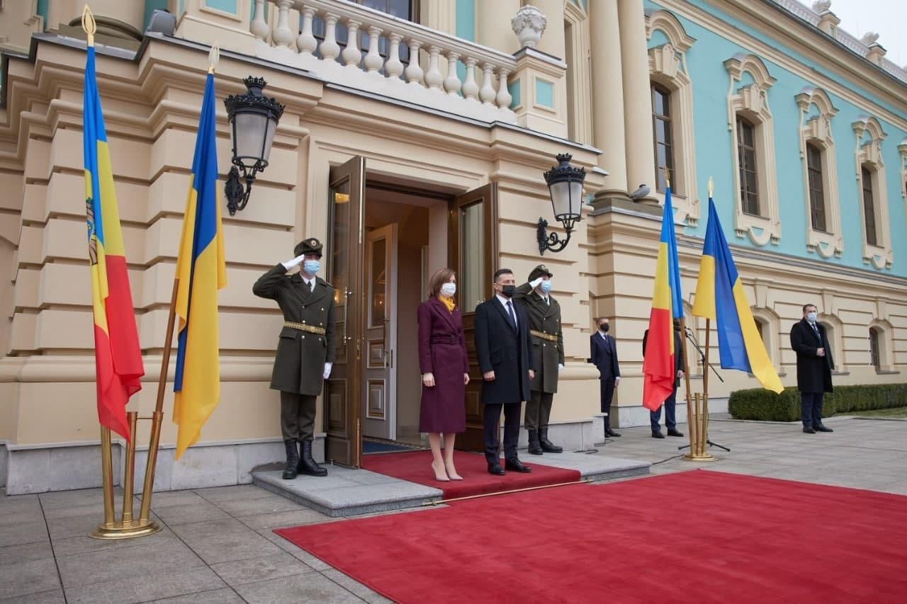 Украина и Молдавия договорились о строительстве дороги между столицами в обход Приднестровья