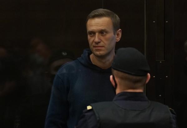 Неприемлемый демарш! Посетивших Навального в суде дипломатов предложили выслать