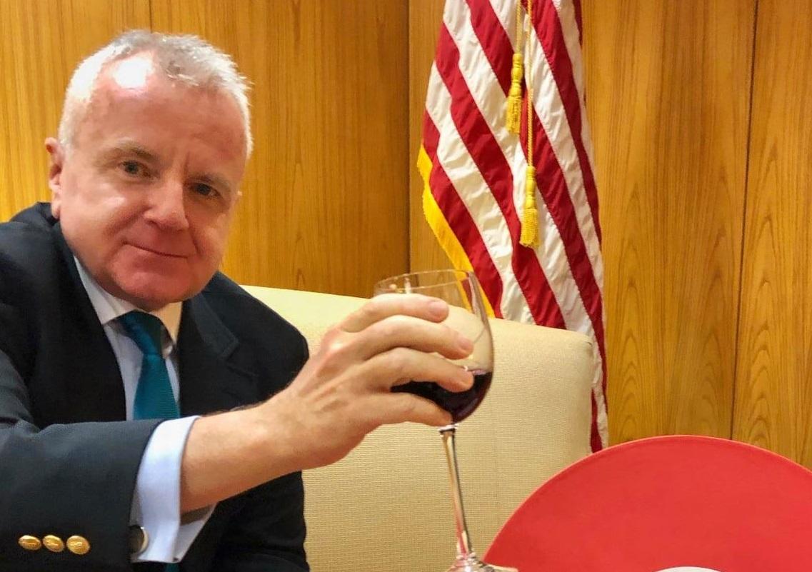 Посол США в Москве подтвердил отъезд в Вашингтон для консультаций