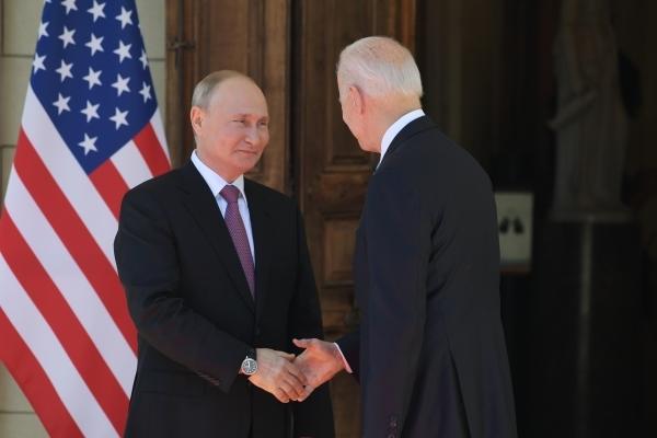 Президент Швейцарии прокомментировал встречу Байдена и Путина в Женеве