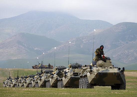 Россия безвозмездно поставит Таджикистану вооружение и технику