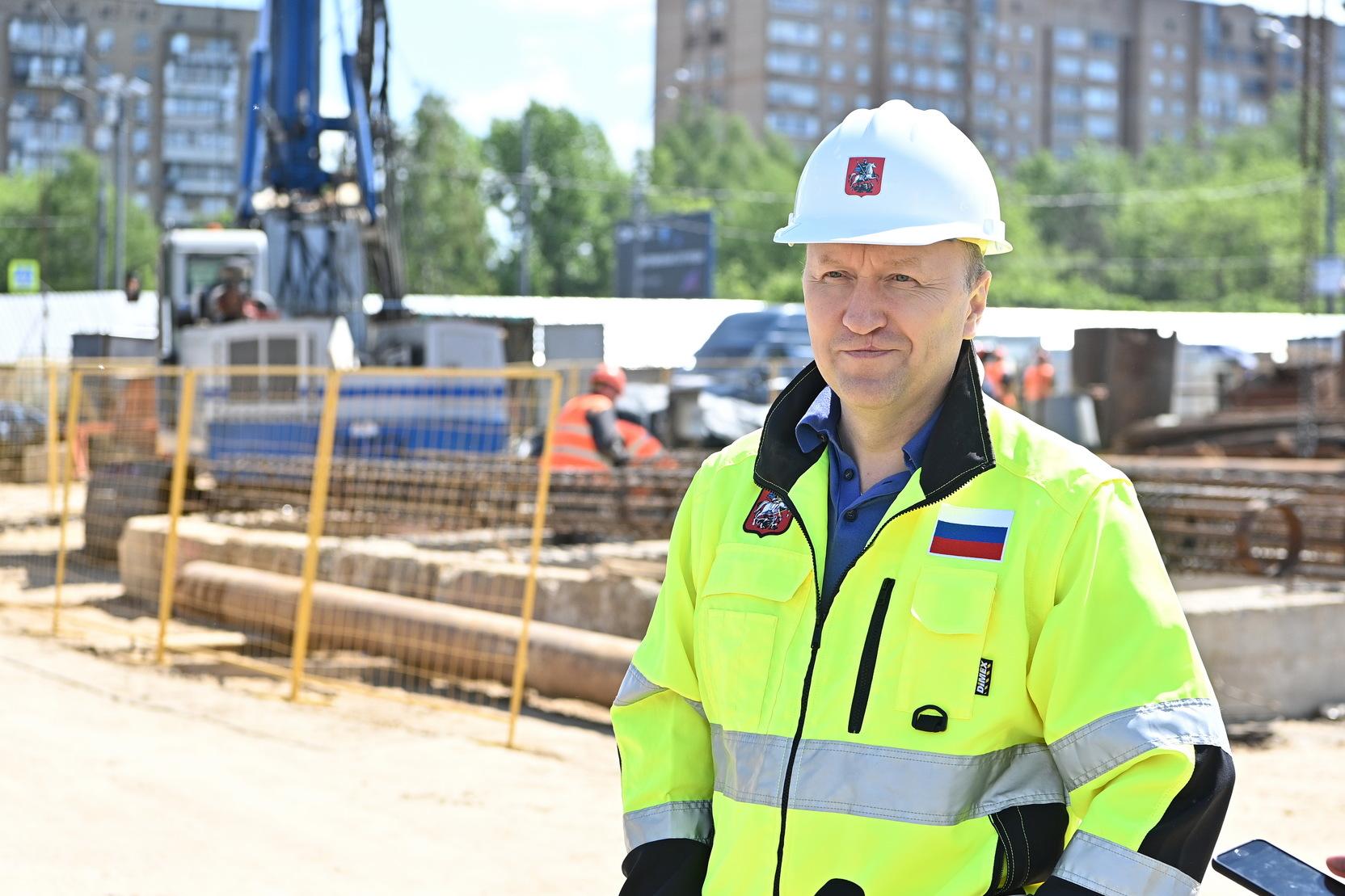 Андрей Бочкарев: На станции Вавиловская Троицкой линии началась разработка котлована