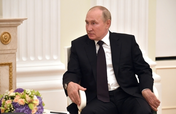 Песков: Путин примет участие в саммите G20 по видеосвязи