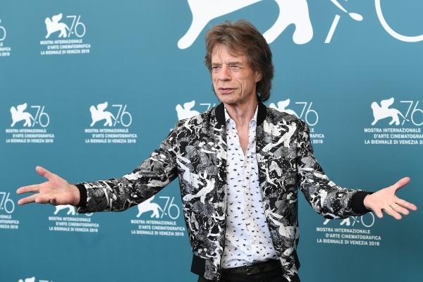 The Rolling Stones отказались от песни Brown Sugar из-за критики