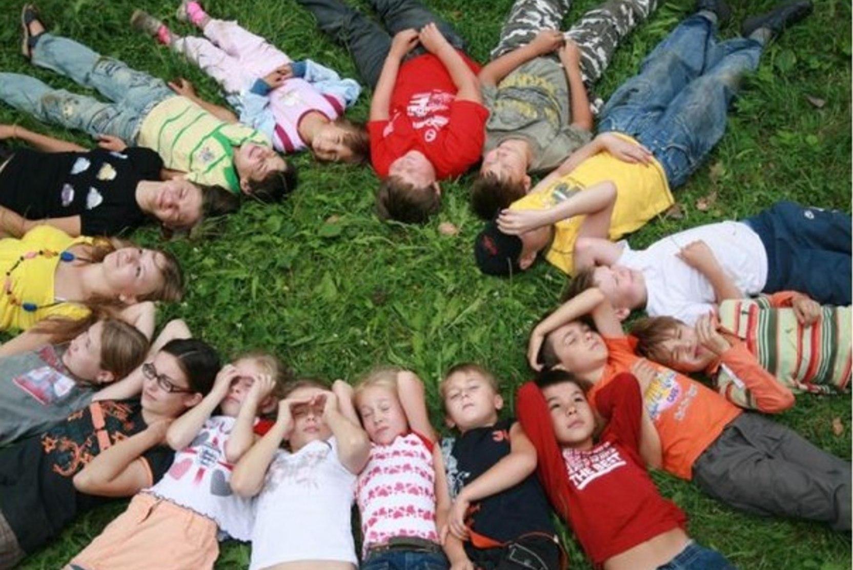 В Подмосковье проверят безопасность школ и летних лагерей